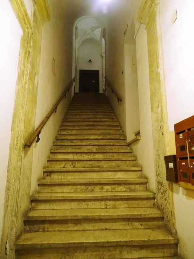 Rome apartment_Fotor