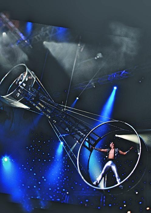 Cirque Le Noir